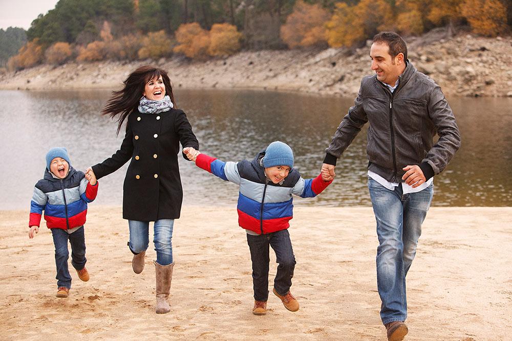 fotografia-familia-otoño-campo-00012.JPG