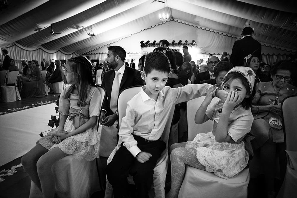 Preparativos de novio en la boda
