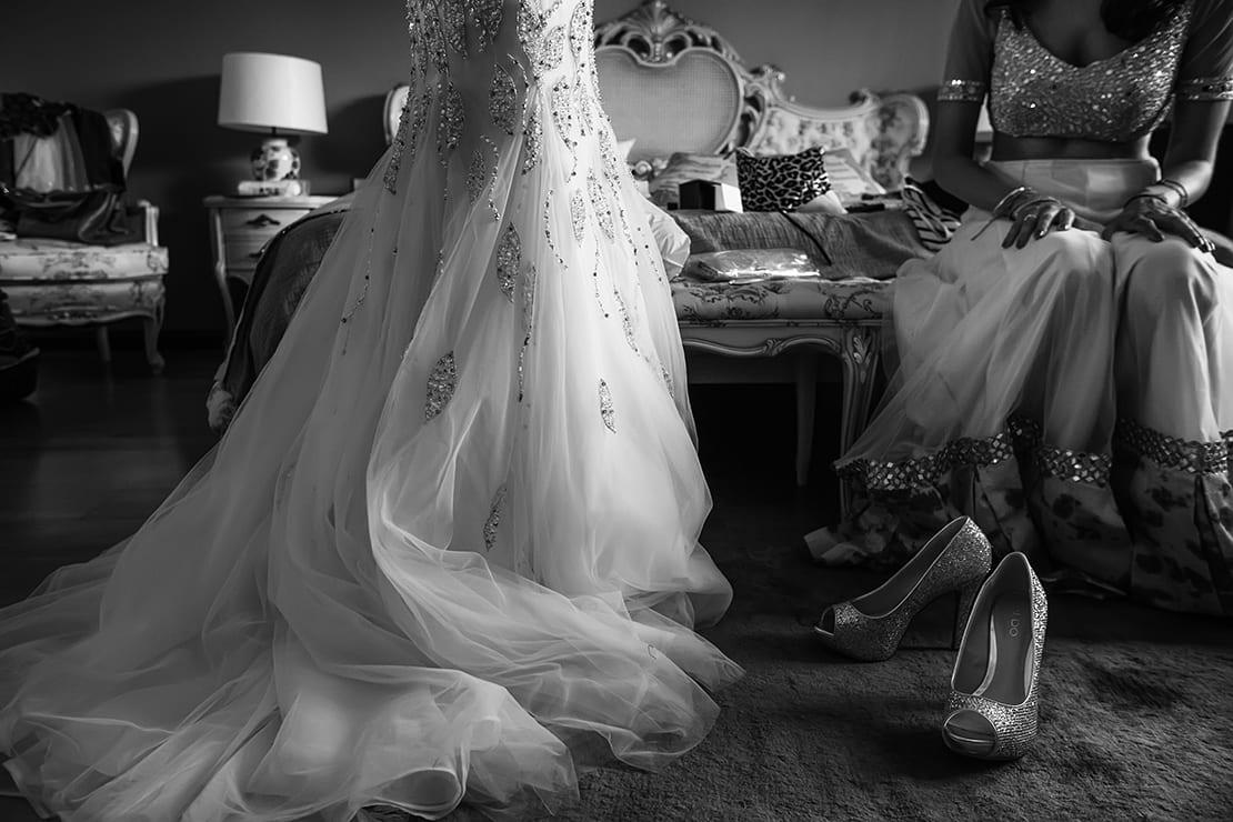 vestido y zapatos de novia